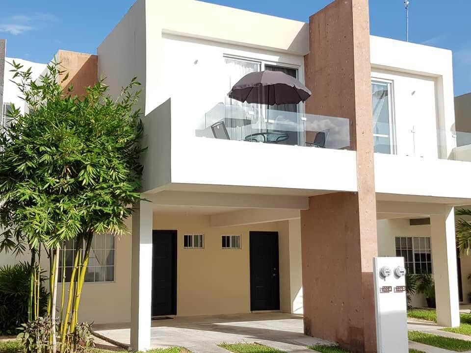 Midrange house Playa del Carmen