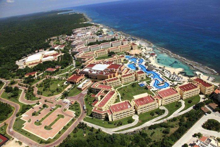 Heaven and the Hacienda sky view