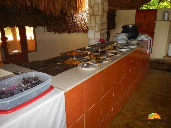 Mayan buffet in Coba