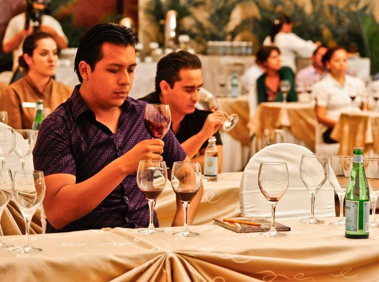 A tasting conference at the Riviera Maya Mexican Wine Festival in Playa del Carmen