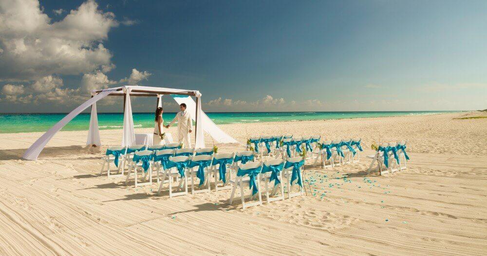 Beach Wedding at Sandos Playacar