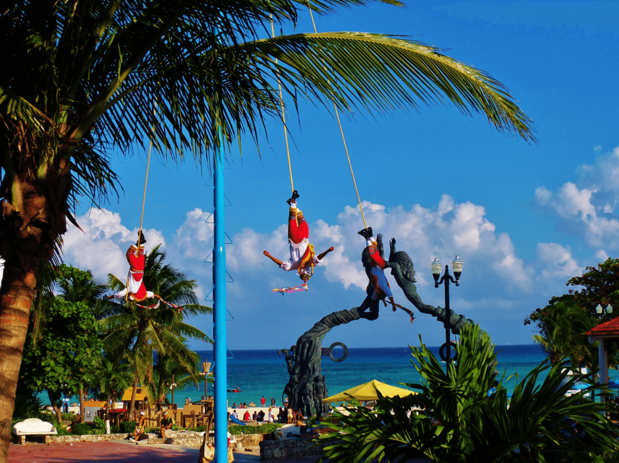 entertainment in Riviera Maya