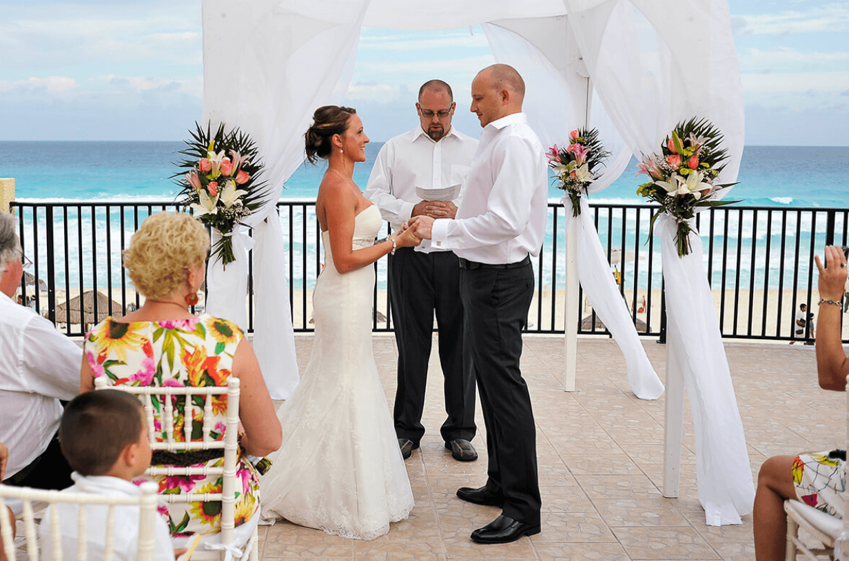 Sky terrace ceremony in Cancun