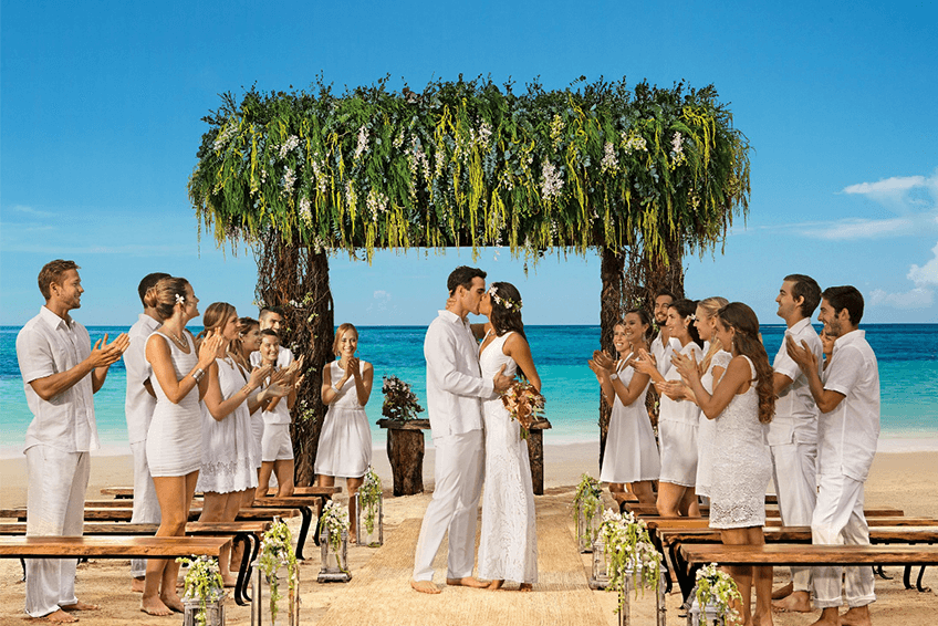 getting married in mexico