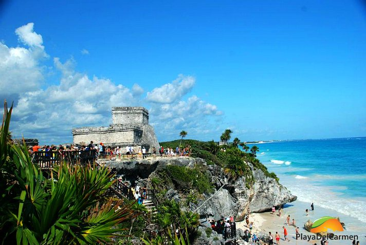 Tulum ruins with people