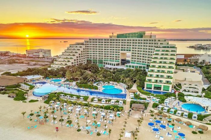 Weddings at Live Aqua Beach Resort Cancun   My Honest Review