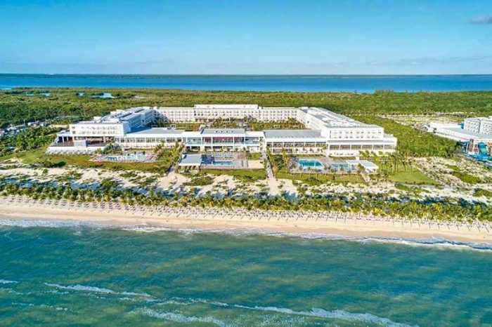 Weddings at Riu Palace Costa Mujeres | Our Honest Review (2021)