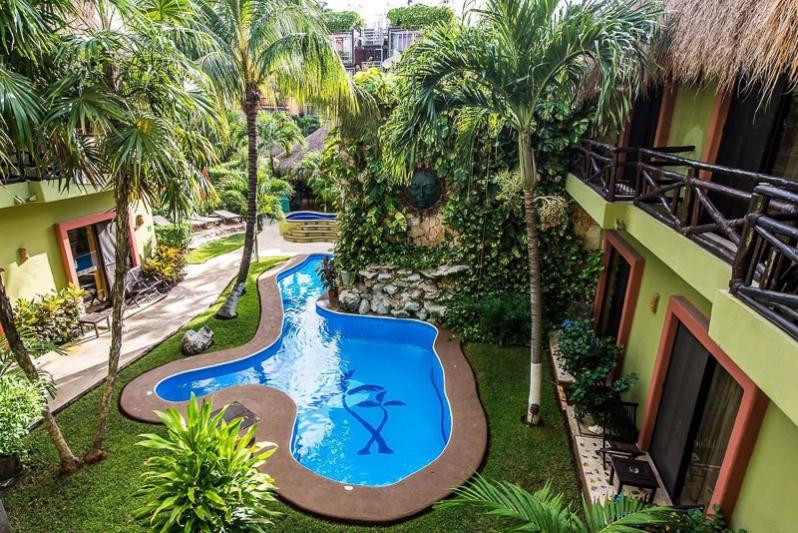 Aventura Mexicana boutique hotel Playa del Carmen