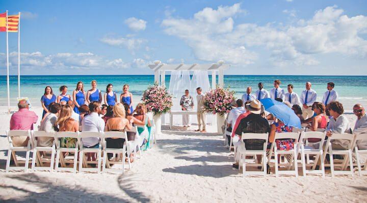 catholic beach wedding in Mexico