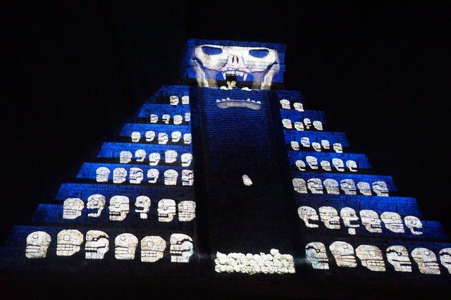Kukulkan Pyramida Chichen Itza Evening show