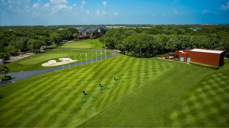 Playa del Carmen golf at El Camaleon Mayakoba