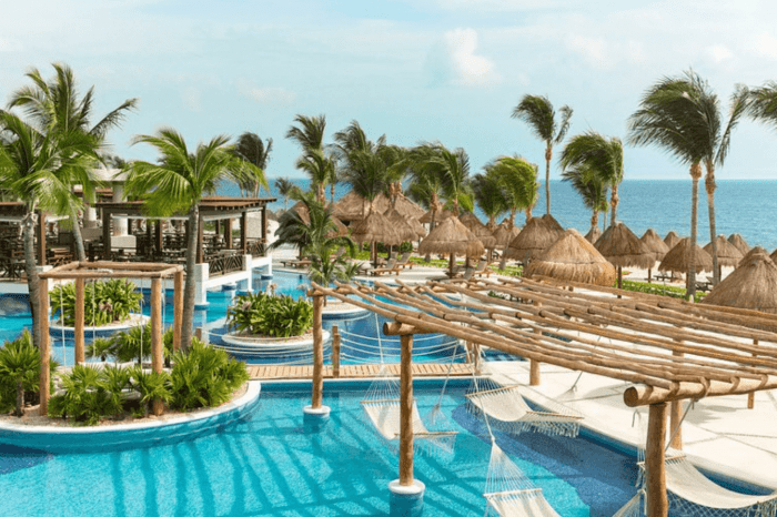 Excellence Playa Mujeres Weddings | Our Honest Review 2021