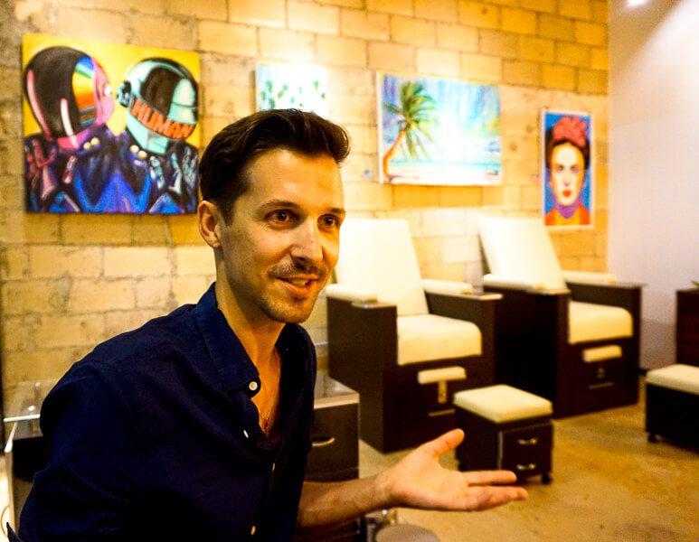 Thomas LeVasseur, owner of Glenn-Briggs Salon in Playa del Carmen