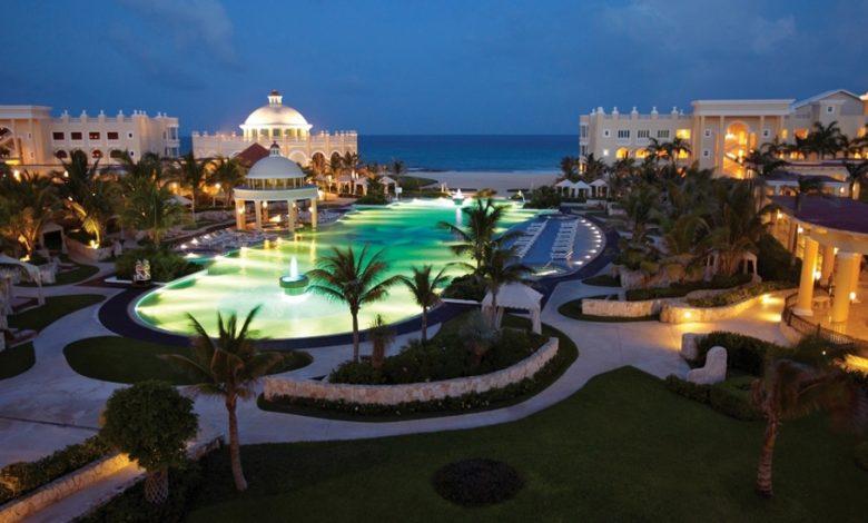 iberostar-grand-hotel-paraiso-pool-night