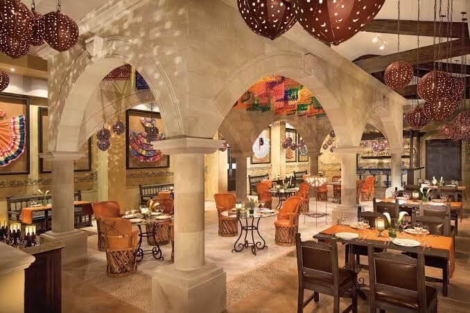 restaurants at Dreams Riviera Cancun