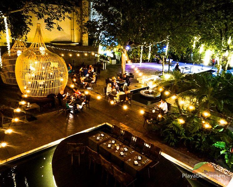 koh thai dining area
