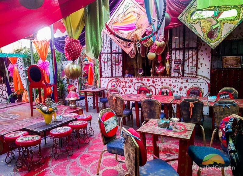 Le Lotus Rouge restaurant Playa del Carmen