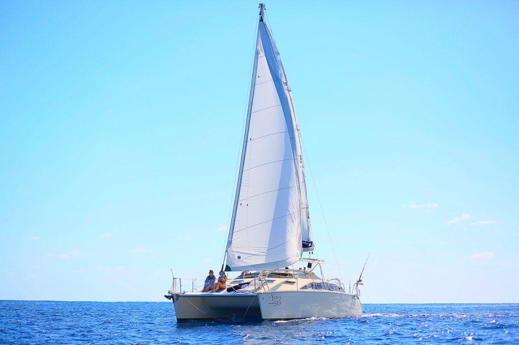 5 sensational playa del carmen fishing tours catamaran for Playa del carmen fishing charters