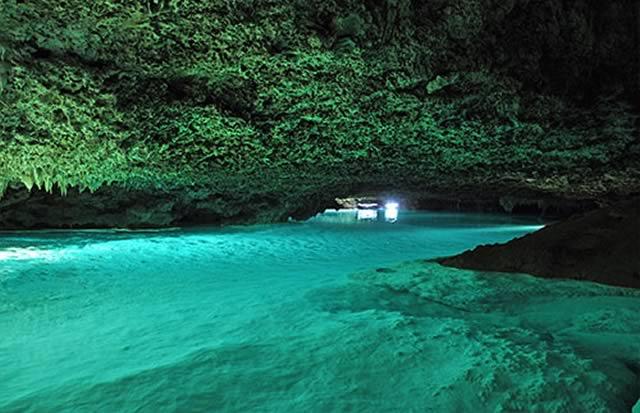 Rio Secreto underground river