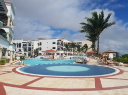 Jacuzzi at Royal Playa del Carmen hotel