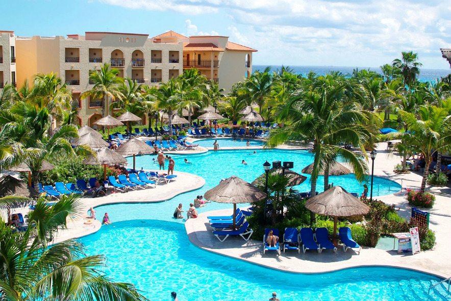 Sandos Playacar Playa del Carmen resort during the day