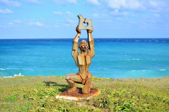 statue at isla mujeres