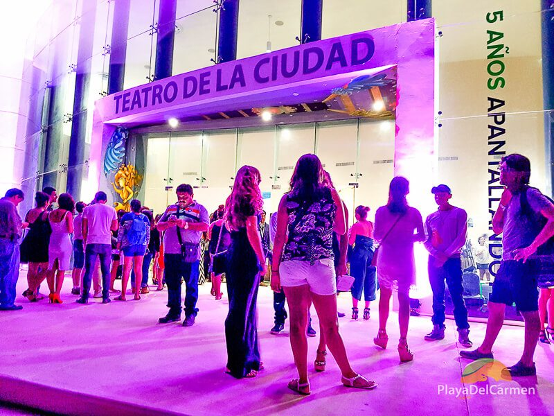 People outside the Playa del Carmen Teatro de la Ciudad for the Riviera Maya Film Festival