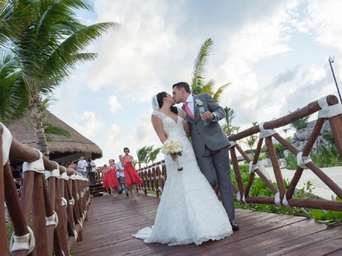 6 Things You Need to Know about Hard Rock Riviera Maya Weddings