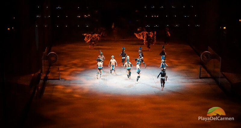 People performing at Spectacular Mexico at Xcaret