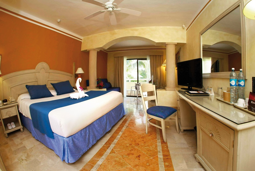 Grand bahia principe akumal playa del carmen for Hotel luxury akumal