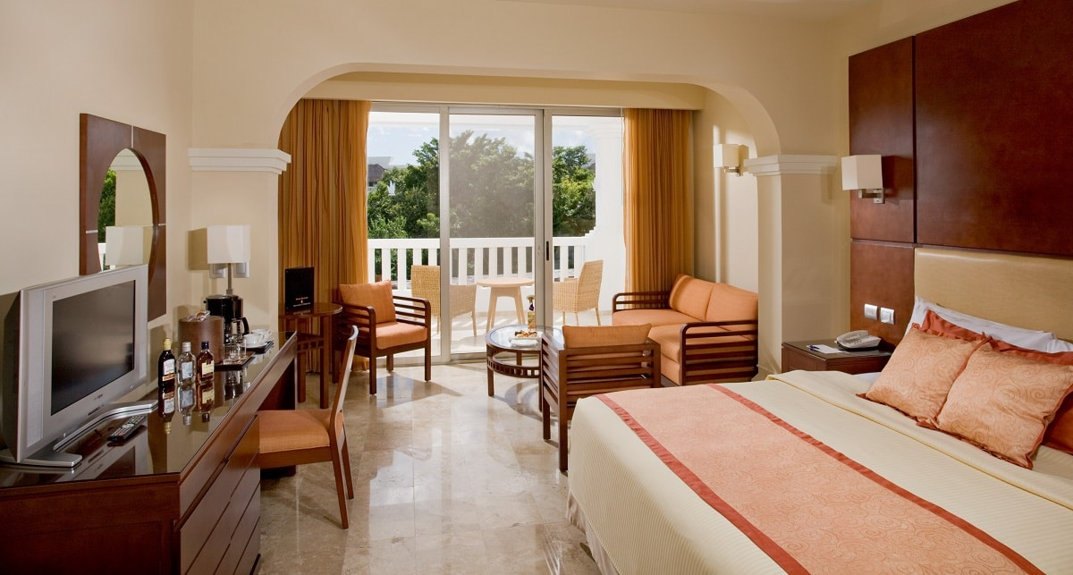Bedroom Beach Club Prices