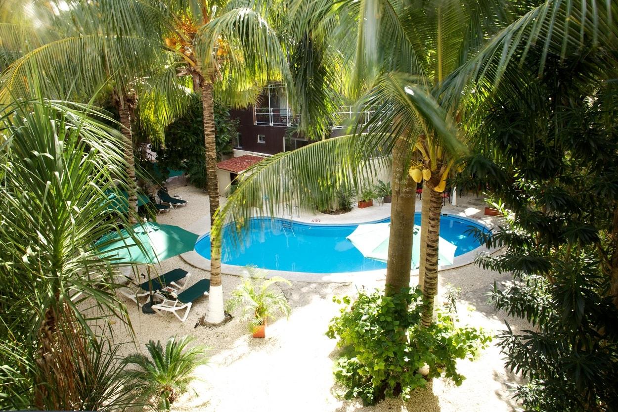 Hacienda Paradise pool