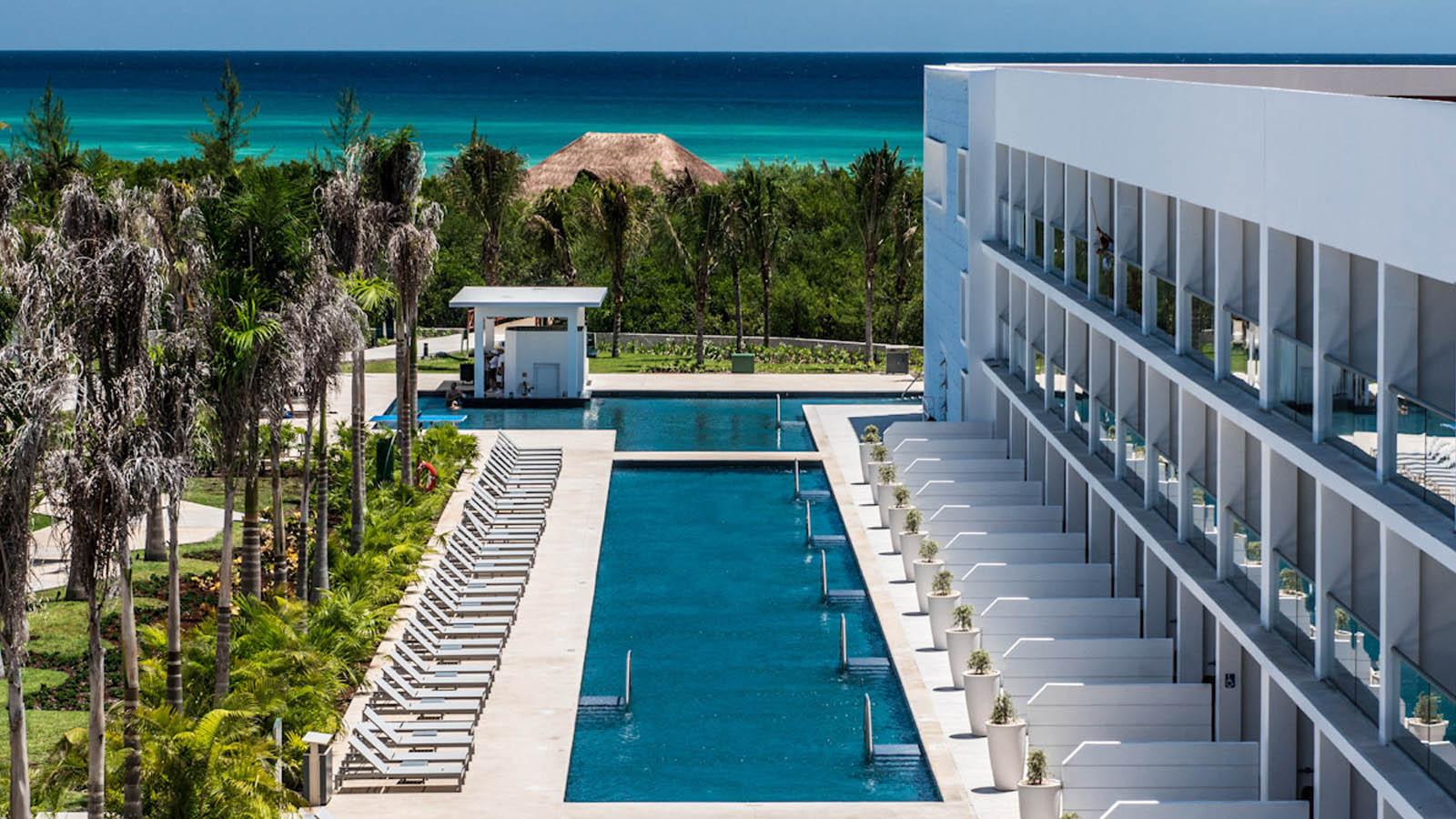 Swimming Pool at the Platinum Yucatan Princess